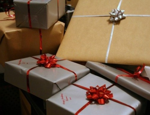 Weihnachtspaket-Aktion des Weltladens A Janela